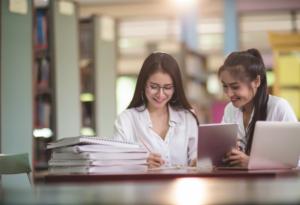 Choosing Persuasive Essay Topics: Recommendations and Ideas