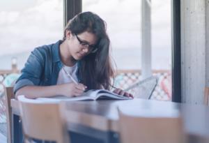 Write An Impressive Descriptive Essay Using Our Tips